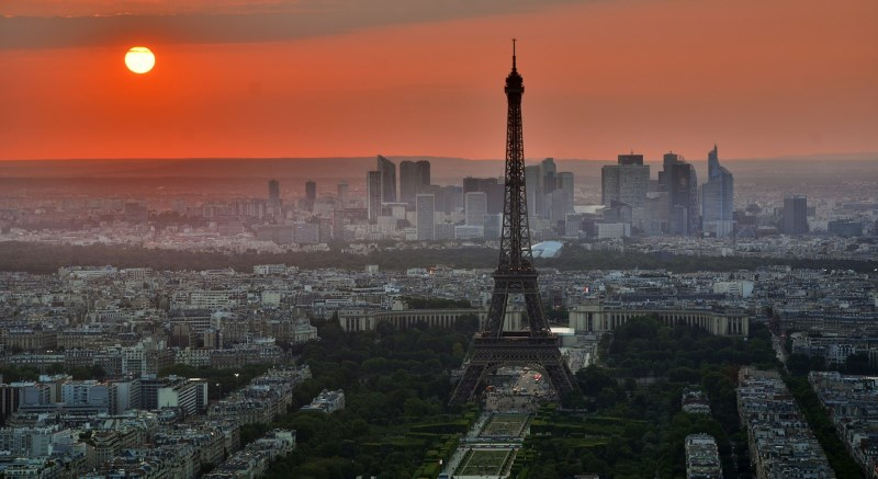 Por do sol em Paris